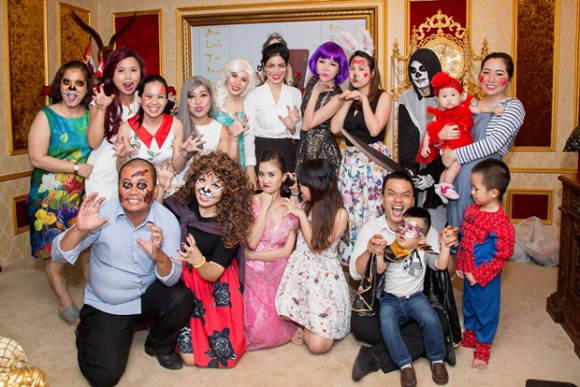 halloween bao ve long hoang 12