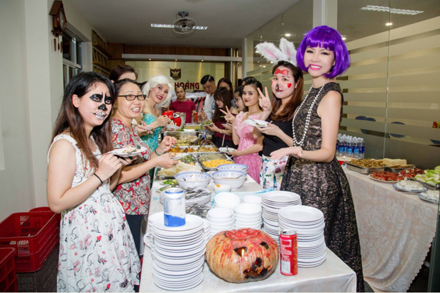 halloween bao ve long hoang 2